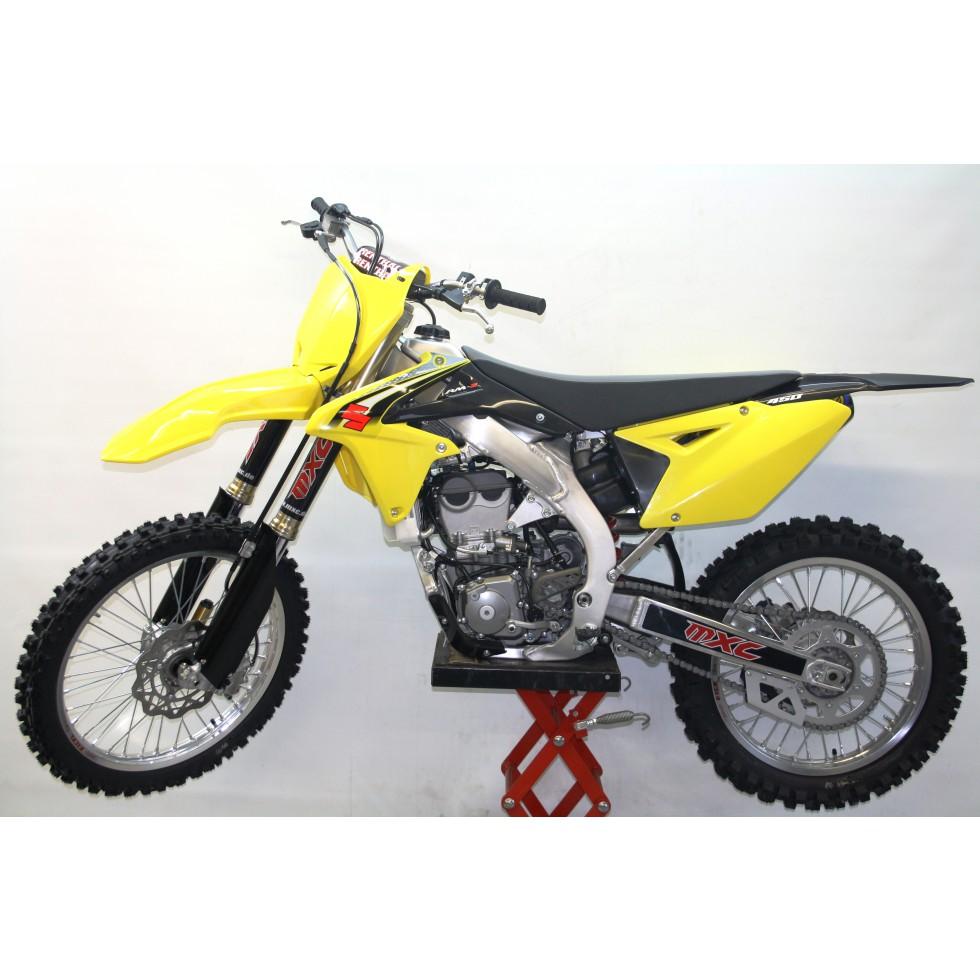 Suzuki RMZ450 17